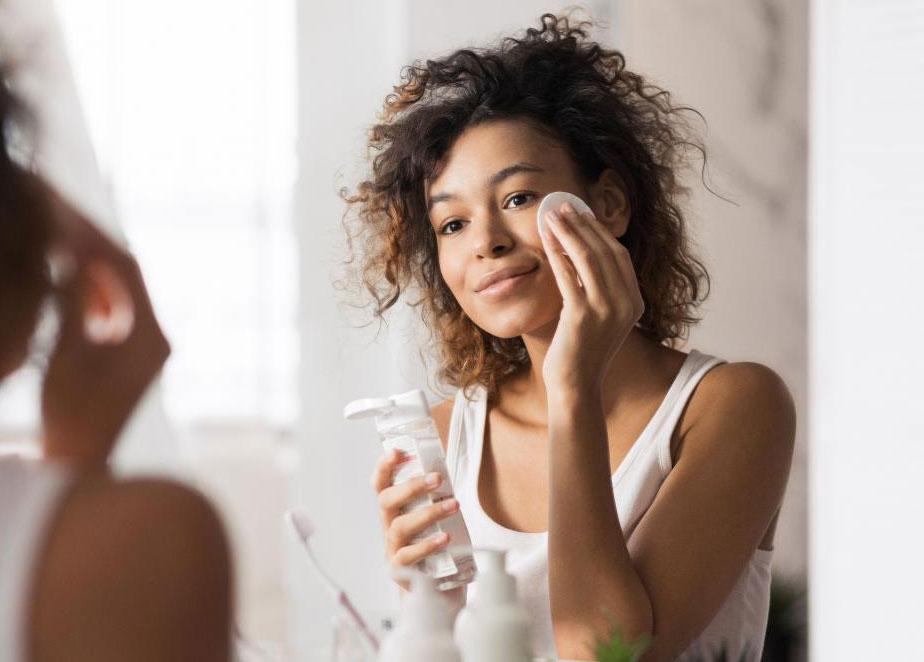 Benefícios do soro fisiológico para a pele