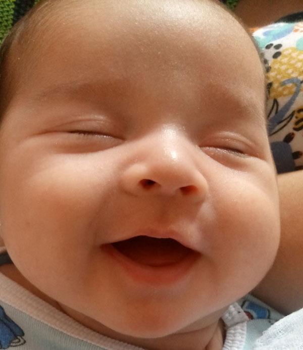 como fazer o bebê dormir a noite toda - bebê de noelle loyanna