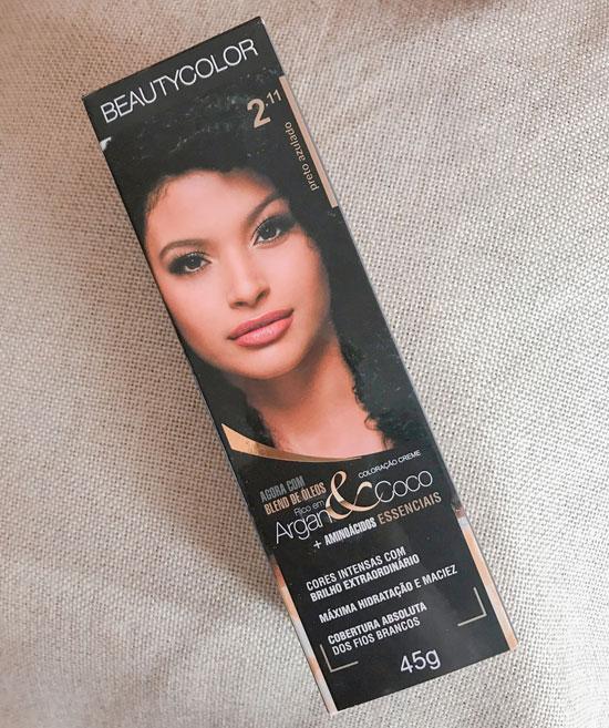 pintar o cabelo estraga os fios - tintura preto azulado beauty color